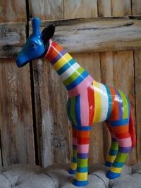 bunte giraffe designe figuren gartenfiguren gartenfantasy
